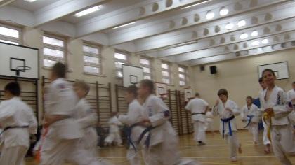 Rozgrzewka karate OYAMA