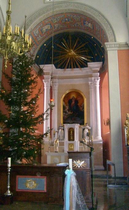 Nawa główna kościoła w Brochowie