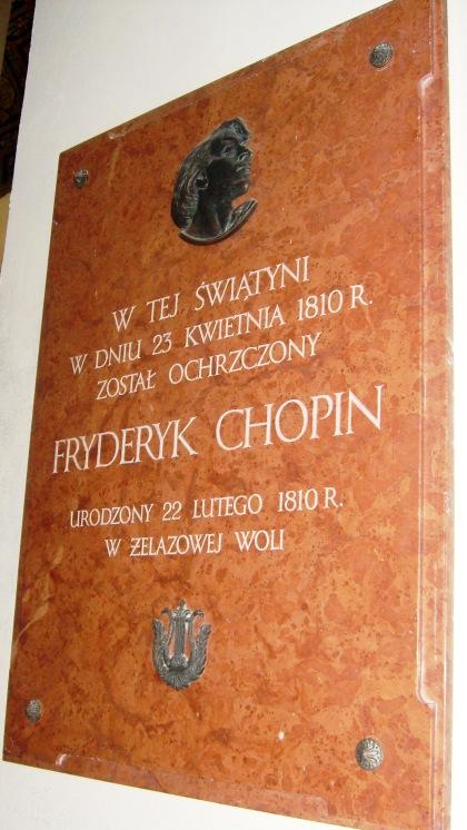 Tablica w kościele Brochów chrzciny Fryderyka Chopina