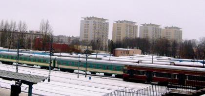 Widok na perony dworca PKP