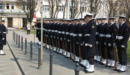 Żałoba narodowa Kompania Marynarki Wojennej 13.04.2010 foto Romas Miłaszkiewiczius
