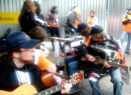 Gitarzyści i wolontariusze 01.05.2010 Wrocław