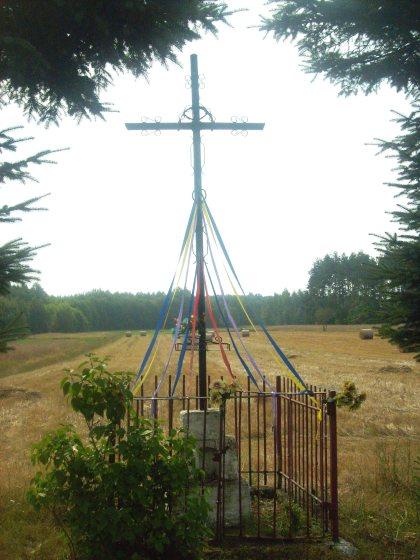 Wiejski krzyż