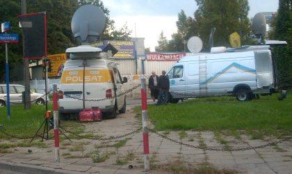 Wozy reporterskie POLSAT i TVN Wóyciskiego Pułkowa 29.08.2010