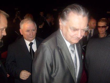 Prezes Pis Kaczyński i b.premier Jan Olszewski NA ZGROAMDENIU OBYWATELSKIM