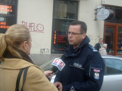 Rzecznik prasowy Policji Sokołowski na miejscu zdarzenia - wywiad