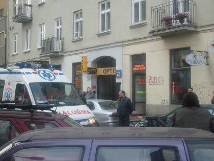 Po wybuchu jadąca karetka ul. Widok Warszawa 02.11.2010