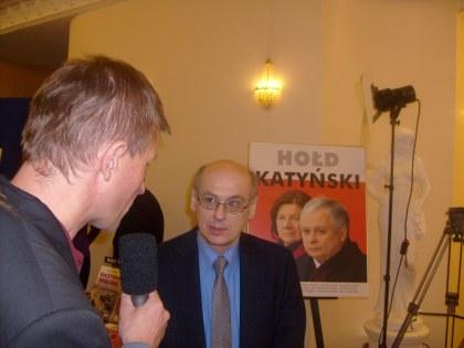 Prof. Zdzisław Krasnodębski udziela wywiadu red. Orezechowskiemu