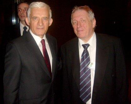 Przewodniczący Parlamentu Europejskiego Prof. Jerzy Buzek i red. Wojciech Stefan Jaroń