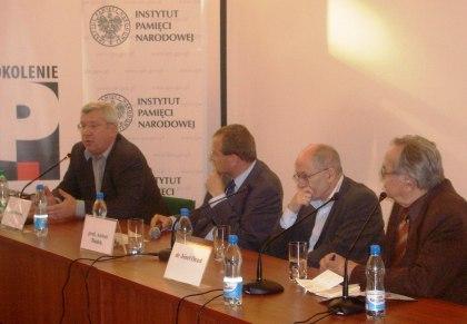 Przemawia Jan Dworak w dyskusji panelowej 30 letcia Tygodnika Solidarność